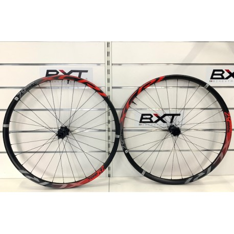 GIANT XCR-1 Red 29er Boost Giant XCRR-1-29